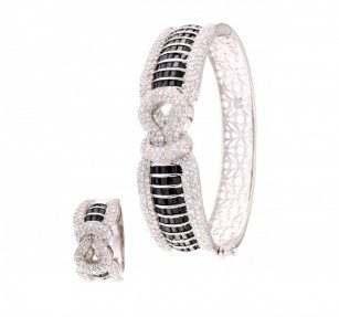 925 Sterling Silver Bangal, Ring and Stud Earrings Set