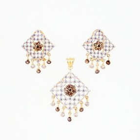 22ct Indian Gold Pendant Set ROYAL COLLECTION