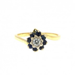 Diamond & Sapphire Ring (Pre-Owned)