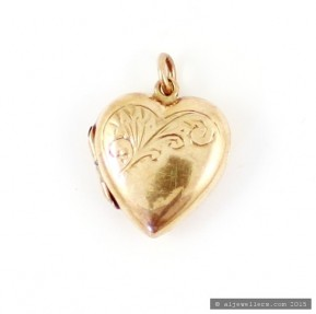 Heart Locket Pendart (Pre-Owned)