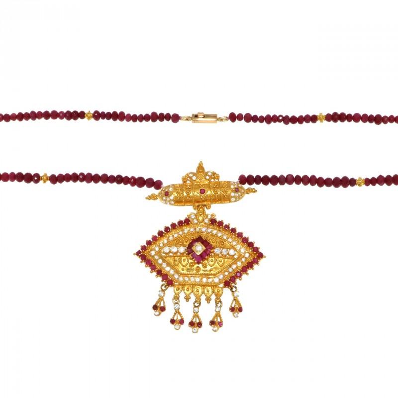 ruby_necklace2_jpg_i1-1526396394.jpg